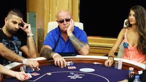 Cala il mercato del poker cash